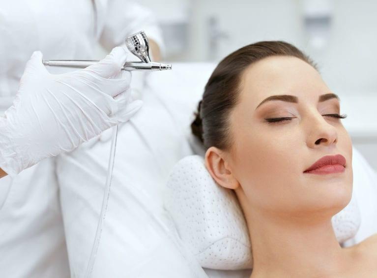 Zabiegi Kosmetyczne i Pielęgnacyjne